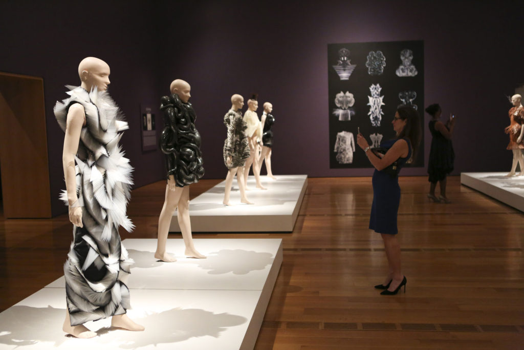"Iris Van Herpen, ""Transforming Fashion"", Gallery view (photo: CatMax Photography)"
